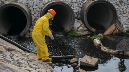 man doing environment service work
